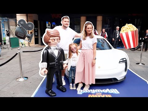 Our first ever MOVIE PREMIER experience || Playmobil The Movie
